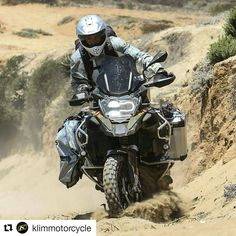 Onko matkaenduro sinun juttusi?  Klim laadukkaat ajovarusteet  http://ift.tt/29ynE49  #Repost @klimmotorcycle with @repostapp   @cycleworld -  Surfboard check. Sand check. Just another day at the beach.... In Baja.  #Continental #TKC80's helped keep her upright. #adventure #adv #advrider #ridethere ##R1200GSA #baja #R1200GS #KLIMMoto