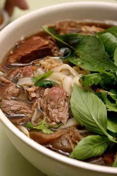 Thaksin Beef Noodles at Clementi Asian Recipes, Beef Recipes, Soup Recipes, Cooking Recipes, Healthy Recipes, Asian Desserts, Noodle Recipes, Healthy Food, Recipies