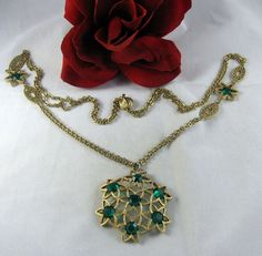 Vintage HIGH END Green Rhinestone Gold tone  Necklace  CAT RESCUE