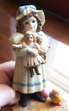 Jan Hagara Figurines. Sara Mae, Limited Edition, # 3733 of 15000, No Box