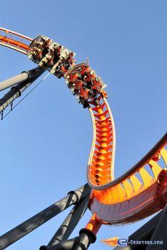 8/14 | Photo du Roller Coaster Abismo situé à @Parque de Atracciones Madrid (Espagne). Plus d'information sur notre site http://www.e-coasters.com !! Tous les meilleurs Parcs d'Attractions sur un seul site web !! Découvrez également notre vidéo embarquée à cette adresse : http://youtu.be/zBg59AFGl0w