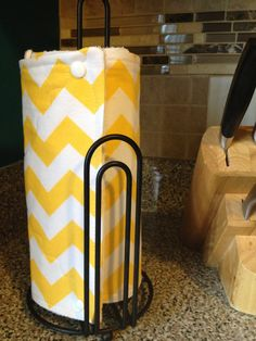 PiCK+A+PRiNT+Reusable+Paper+Towels+Half+Roll+by+SewItBoutique,+$32.00 I saw these at a wedding shower and I want them so bad!