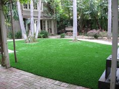 Our synthetic turf and artificial grass is engineered for use in landscaping turf. Learn more and get a free consultation from SYNLawn® San Diego.Yard Landscaped with SYNLawn (86)