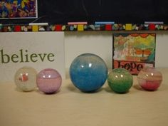 use glitter ball to teach mindfulness #mindfulness #arttherapy