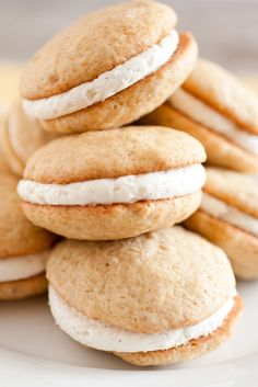Banana Bread Whoopie Pies with Fluffy Vanilla Bean Frosting