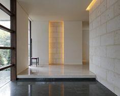 Neybers - An Interior Design Playground Japanese Interior, Modern Interior, Interior Architecture, Interior Design, Interior Concept, House Entrance, Elegant Homes, Interior Walls, Minimalist Design