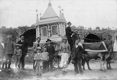 """Il carro di Giovanni Scocchera, del tipo c.d. """"trionfale"""", in Via Cicerone (1920) [foto Archivio Pilone]"""
