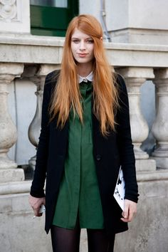 can't get over how cool this green shirt looks with her bright ginger hair.