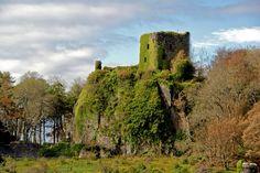 dunollie-castle.jpg 1,600×1,066 pixels