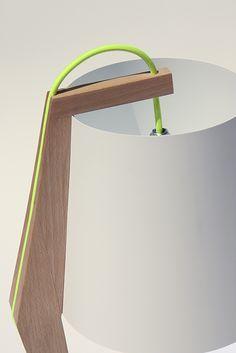 Handgemaakte design tafellamp door Kuiken Design. #design #lamp #handgemaakt