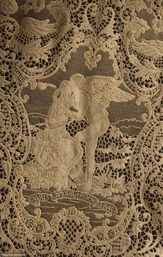 North America's auction house for Couture & Vintage Fashion. Augusta Auctions accepts consignments of historic clothing and textiles from museums, estates and individuals. Hairpin Lace Crochet, Crochet Motif, Crochet Edgings, Crochet Shawl, Needle Lace, Bobbin Lace, Antique Lace, Vintage Lace, Types Of Lace