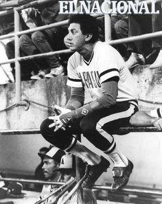David Concepción, pelotero de los Tigres de Aragua en un juego de visitante en el estadio Universitario. Caracas, 07-01-1986 (AMILCAR RUIZ / ARCHIVO EL NACIONAL)