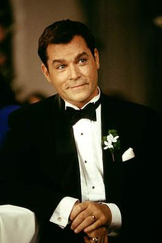 Ray Liotta as Dean Cumanno in MGM's Heartbreakers - 2001