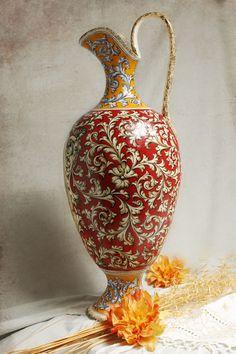 Ánfora de cerámica pintada por Nicolás Varas. TALAVERA DE LA REINA