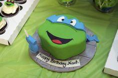 Teenage Mutant Ninja Turtles Party - love the cupcakes in the corner Ninja Turtle Party, Ninja Turtles, Ninja Turtle Birthday Cake, Ninja Turtle Cupcakes, Turtle Birthday Parties, Ninja Party, Birthday Ideas, Birthday Cakes, Birthday Fun