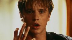 first time i look his face in magazine, i think he's so cute and have a pretty face. 90's teen devon sawa