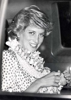 November 7, 1985: Princess Diana upon her arrival at Hickham Air Force Base, Hawaii. Prince Charles and Princess Diana stopped by enroute from Fiji to Washington. The Royal couple is making their first official visit to the United States.
