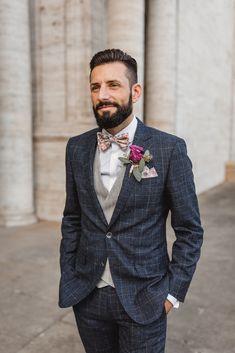 Traje de boda a cuadros- Anzug Hochzeit Kariert Chrissi & # s traje a cuadros en . Vintage Wedding Suits, Rustic Wedding Suit, Vintage Groom, Wedding Men, Wedding Attire, Wedding Dress, Rustic Groom, Wedding Suits For Men, Tweed Wedding