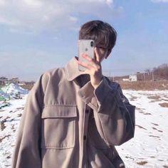 Korean Ulzzang, Ulzzang Boy, Asian Boys, Asian Men, Pretty Boys, Cute Girls, Look Fashion, Korean Fashion, Yoon Park
