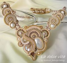 Idea for pattern soustache jewelry Boho Jewelry, Bridal Jewelry, Jewelry Art, Beaded Jewelry, Jewelery, Jewelry Design, Fashion Jewelry, Beaded Necklaces, Wire Jewelry