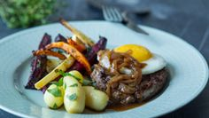 Fødevareministeriet har udvalgt 24 retter, som kan blive Danmarks officielle nationalret.