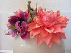 """""""zoete"""" zijden tafelcreatie.. zalm oranje, paars met roze. www.Abonneefleur.nl"""