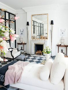 black and white tiles living room 2