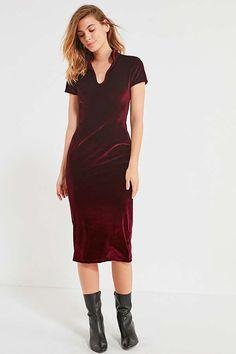 Slide View: 1: UO Velvet Banded Collar Midi Dress