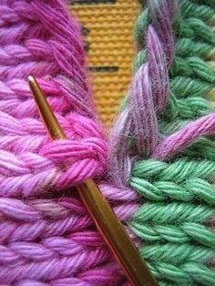 Сшиваем вязаные изделия между собой