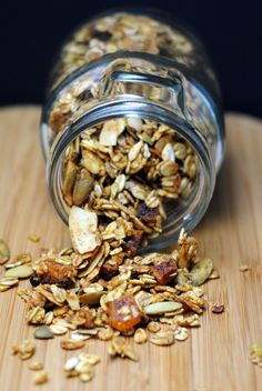 Pumpkin Granola-just made this since i had the can of pumpkin puree open already!