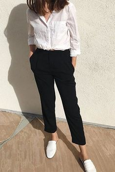 Casual Summer Office Outfits to Show Your Style at Work - Outfit & Fashion Summer Office Outfits, Casual Work Outfits, Business Casual Outfits, Work Attire, Work Casual, Smart Casual, Summer Office Style, Summer Office Casual, Summer Work Outfits Office