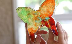 Help your kids learn about candy-making science with this fun and simple STEAM activity.