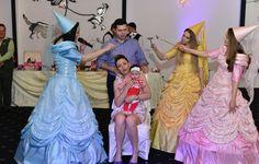 Ursitoare Botez Bucuresti Disney Characters, Fictional Characters, Disney Princess, Character, Fantasy Characters, Disney Princesses, Disney Princes