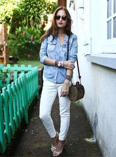 Shop this look on Kaleidoscope (shirt, jeans, purse, sunglasses, sandals)  http://kalei.do/WcUoZUiLFnY7llKS