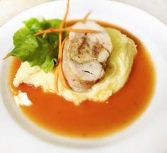 Denné menu Vranov | Plnený kurací stehenný rezeň v paradajkovej omáčke, zemiaková kaša - reštaurácia Hotel Patriot*** #hotel #restaurant