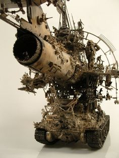 stadtjunge: Kris Kuksi. Steampunk, Sci Fi Models, Mechanical Design, Assemblage Art, Dieselpunk, Art Plastique, Magazine Art, Metal Art, Sculpture Art