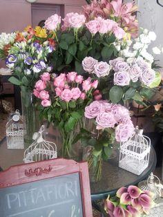 Vintage flower shop!