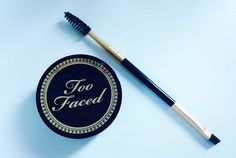 http://www.maquillage.com/revue-sourcils-jai-teste-le-kit-bulletproof-brows-de-too-faced/ Revue sourcils : J'ai testé le Kit Bulletproof Brows de Too Faced