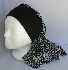 Turban préformé - Foulard cheveux - chapeau - bandeau chimio blanc à motifs  noirs jersey noir à pans e9e00c91811