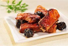 Żeberka słodko-kwaśne / Sweet and sour ribs - pieczone w woreczku z dodatkiem ketchupu i suszonych śliwek
