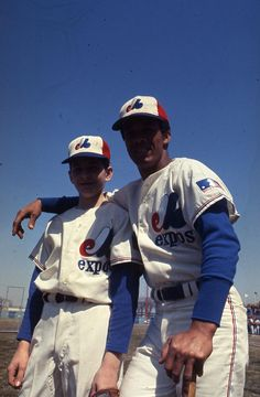 Maury Wills anticipating the Montreal Expos inaugural Game in Major League Baseball Teams, Pro Baseball, Baseball Players, Sports Teams, Baseball Cards, Mlb Uniforms, Baseball Uniforms, Maury Wills, Swing