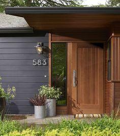 26 ideas for house exterior siding colors front entry Exterior Paint Colors For House, Paint Colors For Home, Exterior Colors, Exterior Design, Siding Colors, Paint Colours, Shiplap Cladding, Exterior Cladding, Exterior Gris