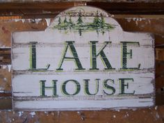 A great first impression for my cabin/cottage near the lake, yes? Lake House Signs, Lake Signs, Barn Siding, Summer Signs, New Business Ideas, Rustic Gardens, Home Decor Store, Rustic Signs, Lake Life