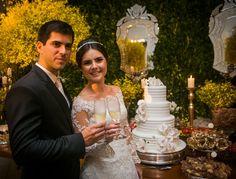 Casamento Rústico-chique Na Capela Nossa Senhora Das Graças Aposta Em Decoração Amarela E Uma Mesa Com Mais De 3.000 Doces. Encante-se!