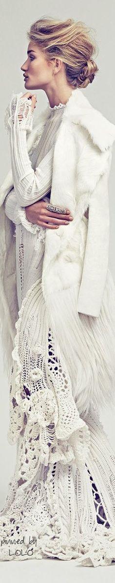 ♡ ♡ ♡ ♡Rosie Huntington-Whiteley In Vogue Mexico November 2014~ Winter Boho