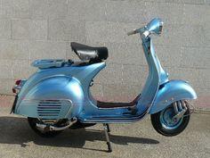 Italian Vespa. Splendid!