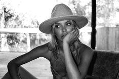 hat love —