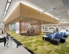 Case Study: SunPower Teknion dna™ is a collection of modular lounge seating and tables designed to expand the functional repertoire of lounge seating. Traditionally, the office lounge was located adjacent to the reception desk and intended to serve as a waiting area for visitors.