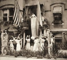 Suffrage badass-in-chief Alice Paul leading celebration of Tennessee's ratification of the 19th Amendment.  vintage everyday: Historic Photos of Women Voting Throughout the Years