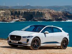 Jaguar I-Pace: The Luxury Car of October. High End Cars, Top Luxury Cars, Nissan Leaf, Ca Usa, American Motors, New Environment, Electric Cars, Luxury Lifestyle, Cool Cars